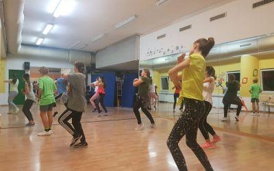 ODPIRAMO VRATA naše plesne dvorane!